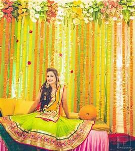 orange Mehendi, Agra and Weddings