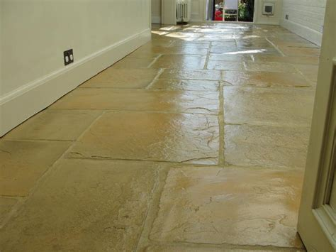 kitchen and hallway flooring 17 best images about flagstone floor on rubber 5002
