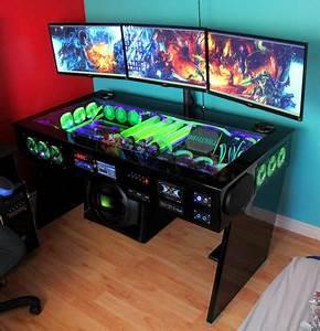 Pc Tisch Gamer : wei jemand wo ich so einen tisch finde pc gaming setup ~ A.2002-acura-tl-radio.info Haus und Dekorationen