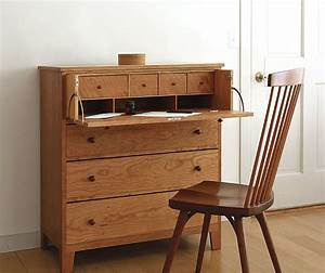 Build a Desk in a Drawer - FineWoodworking