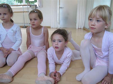 ballerina kostüm kinder ballett ferberberg kinder ballett aachen soers