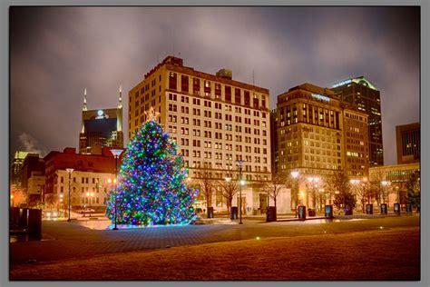 christmas lights of nashville nashville public square christmas decorations david
