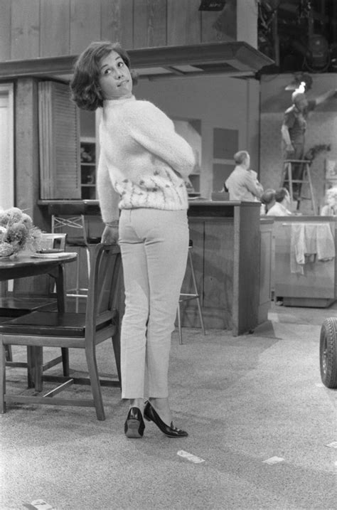 Mary Tyler Moore Short Pants Romance Pinterest Posts