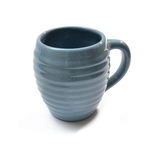 Which coffee mug keeps coffee hot the longest? Beehive Coffee Mug | Blue coffee mugs, Mugs, Coffee mugs