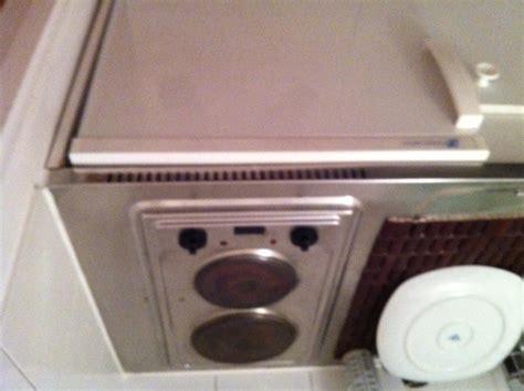 plaque electrique cuisine remplacer plaque électrique kitchenette poêle cuisine inox