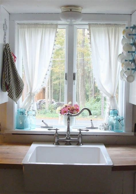 rideaux modernes pour cuisine 55 rideaux de cuisine et stores pour habiller les fenêtres