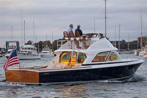 Bertram 35 Instant Classic  Boatscom