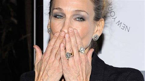 anti aging tips   hands