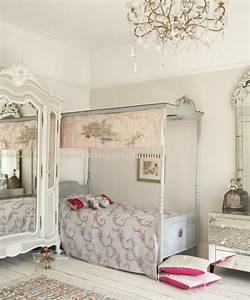 davausnet lustre chambre fille but avec des idees With chambre bébé design avec fleur de vie pendentif or