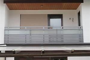 Milchglas Für Balkon : balkongel nder alu glas ~ Markanthonyermac.com Haus und Dekorationen