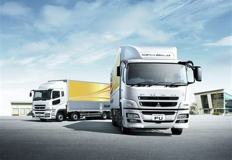 mitsubishi truck pictures fuso great truck unveiled autoevolution