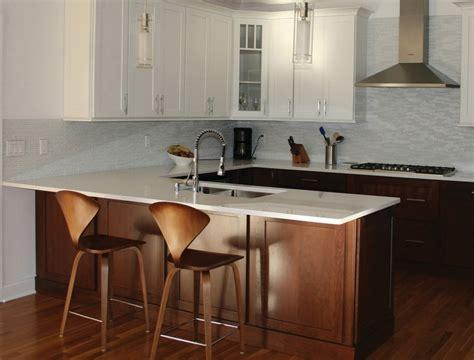 Kitchen Design Ideas With Island - a kitchen peninsula better than an island