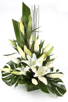 flower delivery near me the ftd white elegance bouquet by vera wang vase
