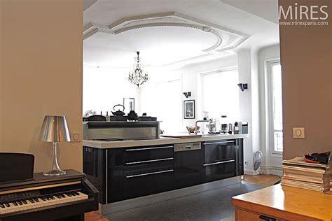 Cuisine moderne. C0140   Mires Paris