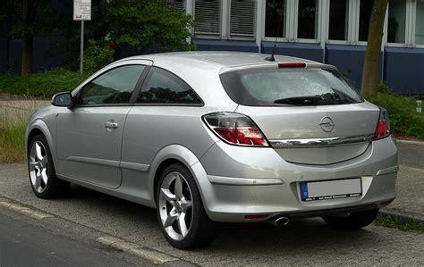 Opel Gtc by File Opel Astra Gtc H Facelift Heckansicht 28 Mai