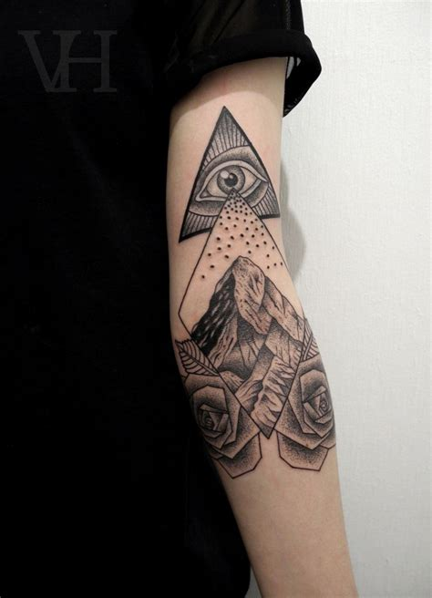 geometric tattoo triangle ideas yo tattoo