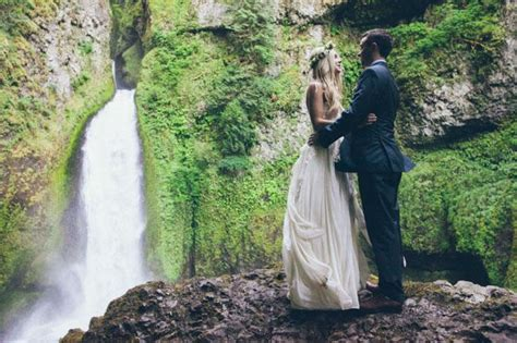 what does elope waterfall elopement in the rainforest jessi cody weddbook