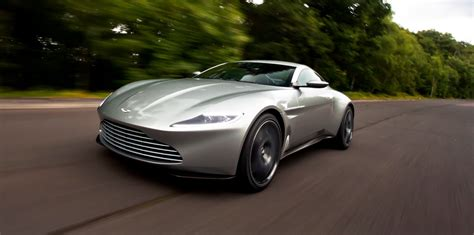 Aston Martin Vantage Photo by Aston Martin Releases 2018 Vantage Photos Photos 1 Of 6