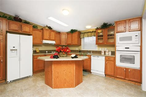 whitewash kitchen cabinets photos 116 best home images on homes clayton 1493