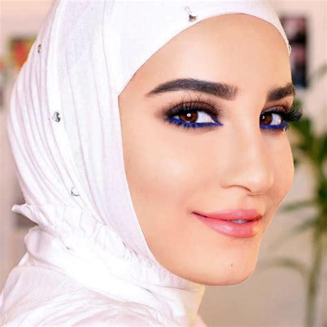 beauty mogul huda kattan   eyes  middle eastern