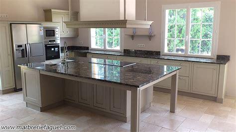 cuisine avec plan de travail noir prix plan de travail granit cuisine granit7 granit1