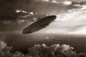 Ufo - Sepia - Wall Mural & Photo Wallpaper - Photowall