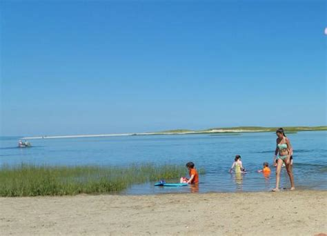 Shallow Water At Gray's Beach  Foto Di Gray's Beach, Yarmouth Port Tripadvisor