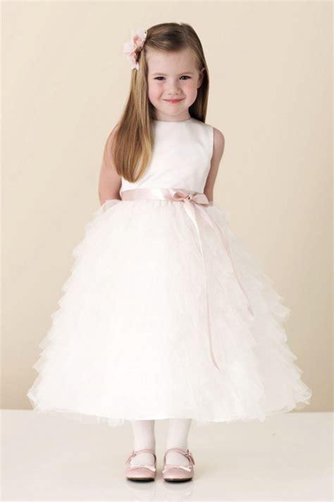 Vestiti da cerimonia taglia 4a (3 articoli). Vestiti per damigella bambina