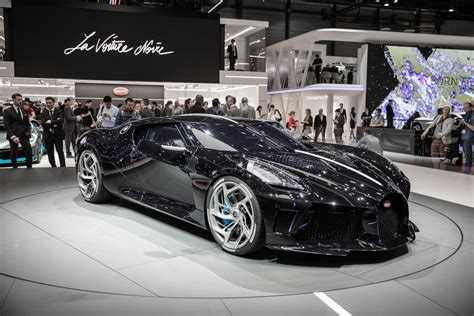 After a grandiose premiere at the geneva motor show, bugatti président stephan winkelmann presented 'la voiture noire' to an exclusive clientele in dubai, where our local partner al habtoor motors launched their activities for the. Bugatti La Voiture Noire is a $12.5M one-off inspired by ...