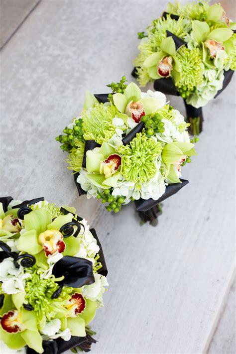 modern green black wedding flowers calie rose