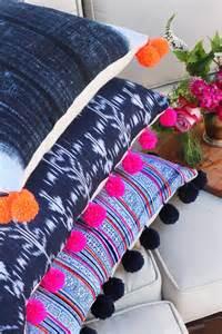 DIY Pom Pom Pillows