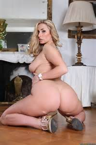 Elegant Blonde Milf Spreads Out On The Floor Photos Paige