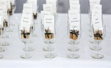 wedding favour trends cakes favours guest books