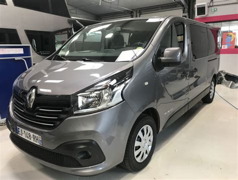 Trafic 9 Seater by 9 Seater Renault Trafic No Limites