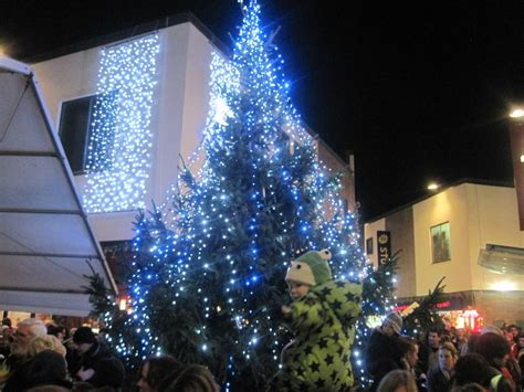 st austell christmas lights switch on heart south west