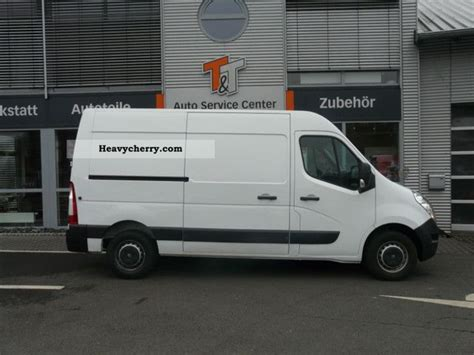 renault master 2011 box type delivery van van or truck up to 7 5t commercial