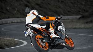 Record Mileage Ktm Rc 200 Specs 2016 2017 2018 Autoevolution