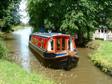 Canal Boat by River Canal Rescue Reports That Canal Boat Breakdowns Are