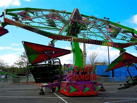 Cliffhanger (ride) - Wikipedia