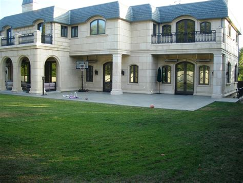 square foot newly built mansion  beverly hills