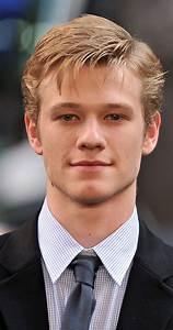 Young Male Actors Under 20 Brown Hair Wwwpixsharkcom