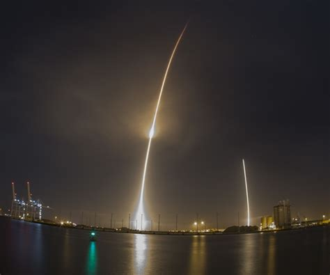 Spacex Redmond Office by Musk Shakes Up Spacex In Race To Make Satellite Launch