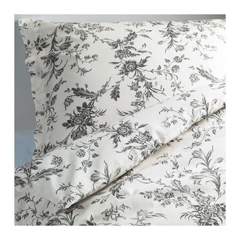 alvine kvist quilt cover and 4 pillowcases white grey 220456 alvine kvist quilt cover and pillowcase 150x200 50x60 cm 49474