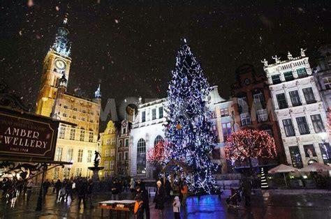Weihnachten In Polen by In Poland Nuit Dans La Ville