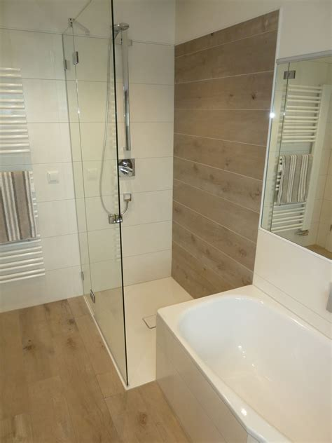 Bad Mit Begehbarer Dusche by Traumhaft Elegantes Bad Mit Offener Dusche In Neuhof Will