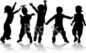 Bailando Las Siluetas DE Los Niños fotografías de stock ...