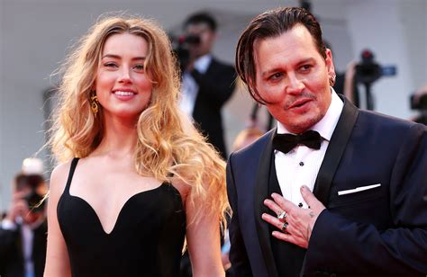 Johnny Depp Claims Amber Heard Had A Threesome With Cara ...