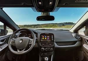 Interieur Duster 2018 : car design scoop scoop et dernieres infos automobile nouvelle renault clio 2018 restylee ~ Medecine-chirurgie-esthetiques.com Avis de Voitures