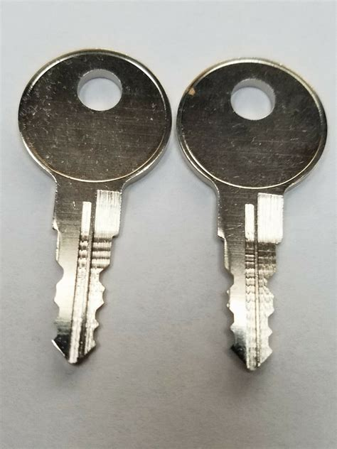 leer truck cap replacement keys cut  key code