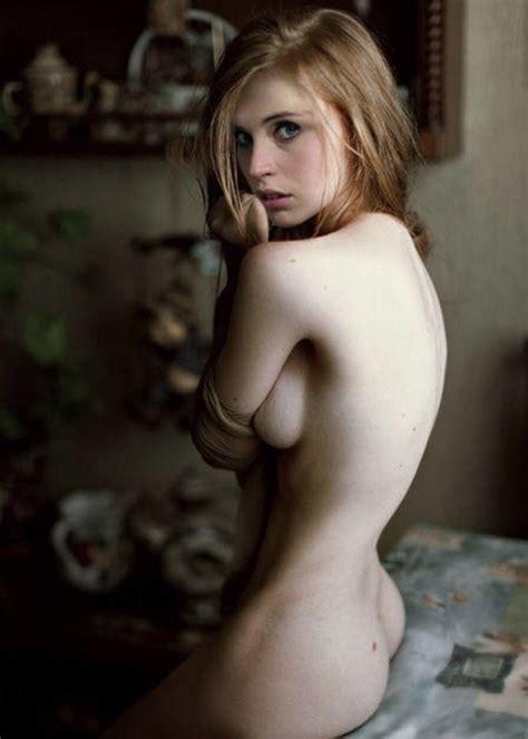 shiri appleby geleckt nackt nude